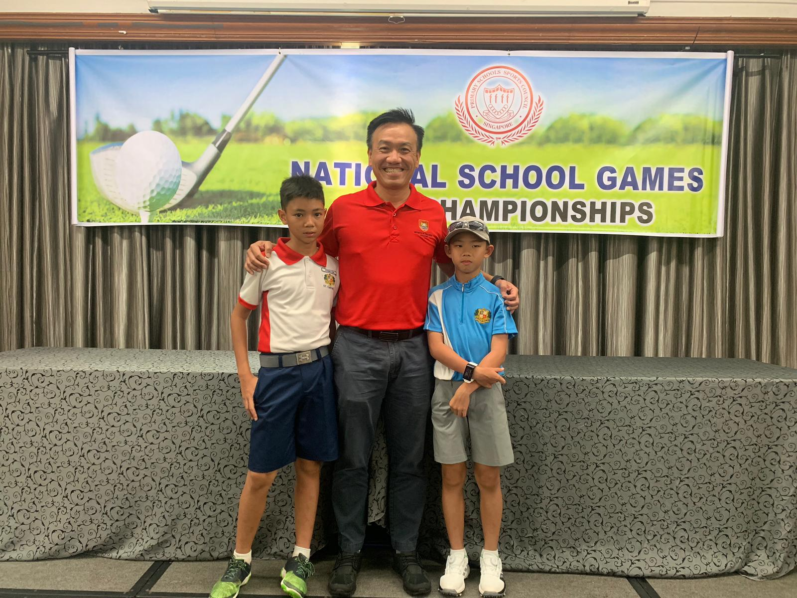 Athens Goh (6LMM) and John Chua (5 SEL) at the NSG Primary Golf Championship 2019 .jpg