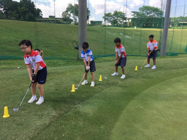 Course Play Practice - chipping practice 1.jpg