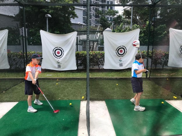 In-house Training - swing practice - adoption of correct posture with good body balance.jpg
